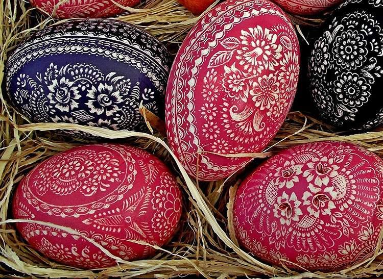 wielkanocne pisanki ciekawostki pisanka Wielkanoc jaja jajka malowanie pisanek kraszanki