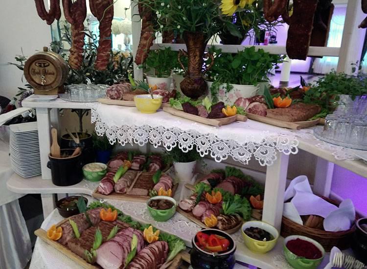 stół wiejski wesele atrakcje weselne