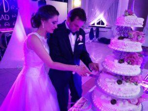 weselny tort weselny atrakcje na wesele Poznań Wielkopolska atrakcje weselne