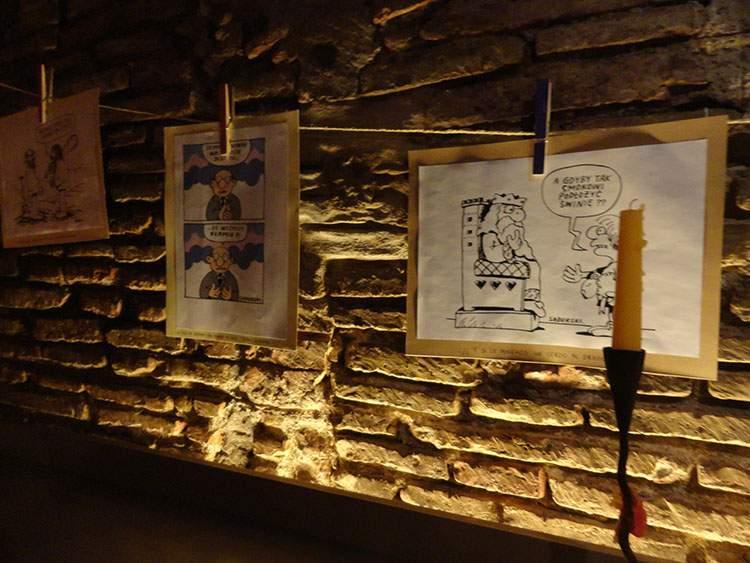 Barcelona wystawa karykatury rysunki Szczepan Sadurski
