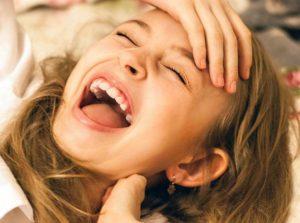 śmiech dowcipy uśmiech humor