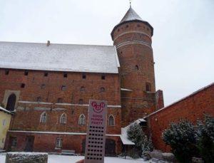Olsztyn zamek Wesoły Wieżowiec