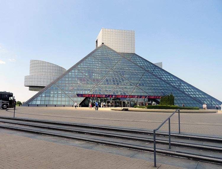 rock and roll hall of fame museum Cleveland Ohio USA
