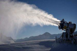 co to jest śnieg przysłowia o śniegu armatka wodna śnieg techniczny przysłowia o zimie