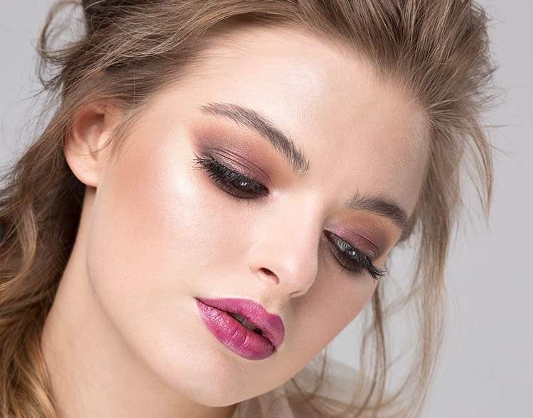 jak zdać egzamin makijaż kosmetyki studia