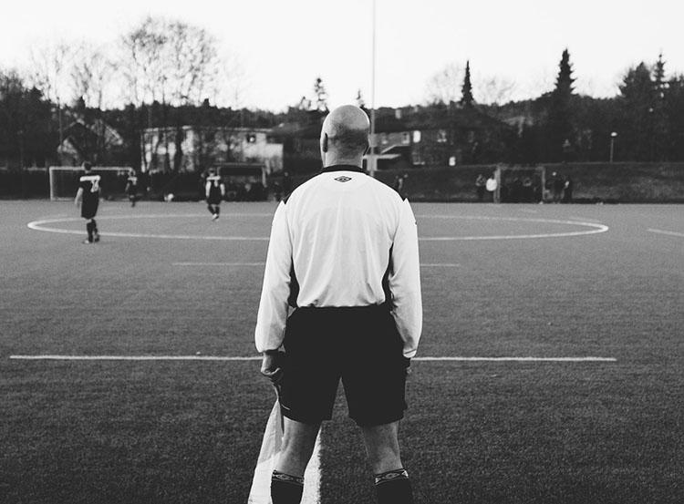 sędzia piłkarski sędziowie piłkarscy piłka-nożna