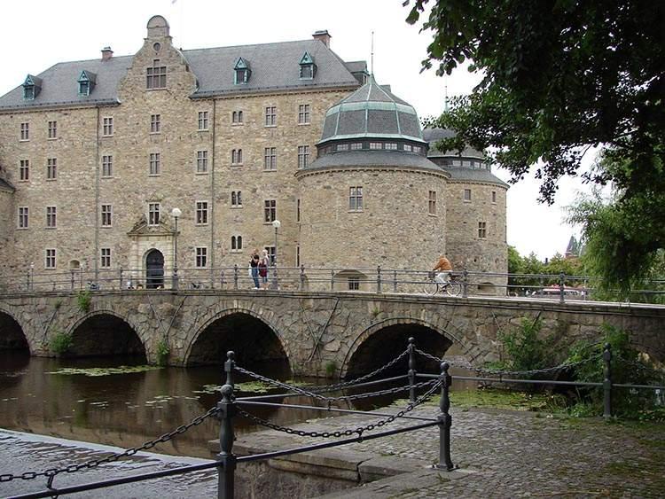 zamek Orebro Szwecja zabytki twierdza ciekawostki