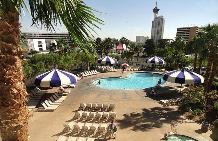 ciekawostki o Las Vegas kasyna Nevada hotele basen hotel