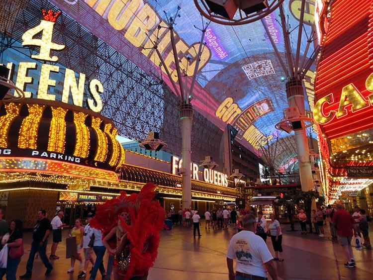 ciekawostki o Las Vegas kasyna Nevada hotele Fremont Street