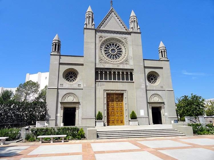 cmentarz Forest Lawn muzeum Glendale Kalifornia