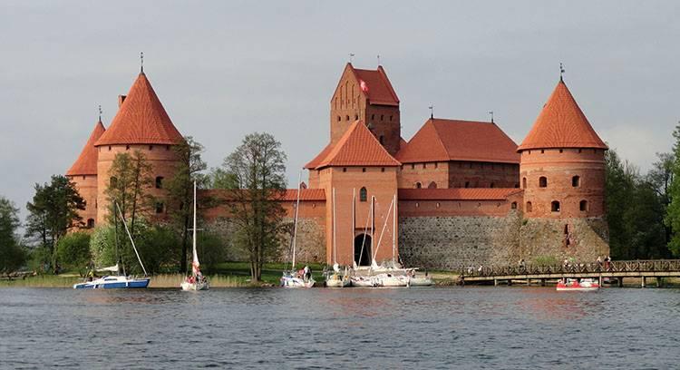 Troki atrakcje zamek Litwa ciekawostki