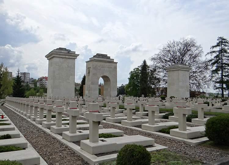 Cmentarz Orląt Lwowskich Lwów Ukraina