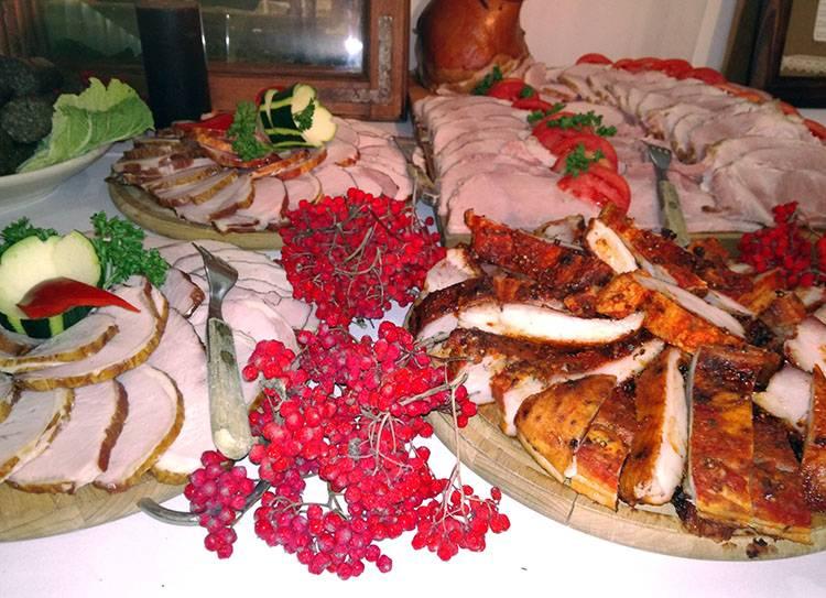 stół wiejski na wesele ciekawostki atrakcje weselne