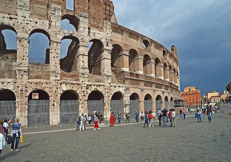 krótkie ciekawostki historyczne starożytny Rzym Colosseum