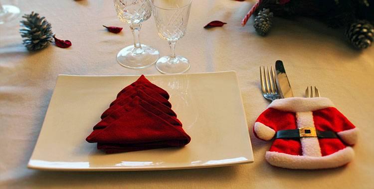 stół wigilijny ozdoby wigilia dekoracje stołu wigilijnego