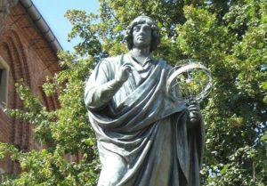 Mikołaj Kopernik ciekawostki anegdoty astronom pomnik