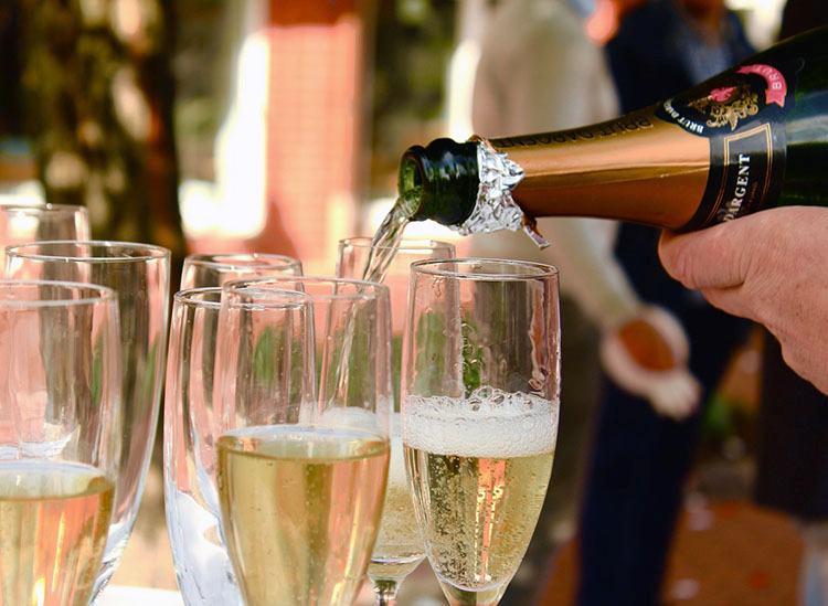 szampan ciekawostki wino musujące