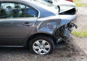 wypadki samochodowe młodzi kierowcy młody kierowca