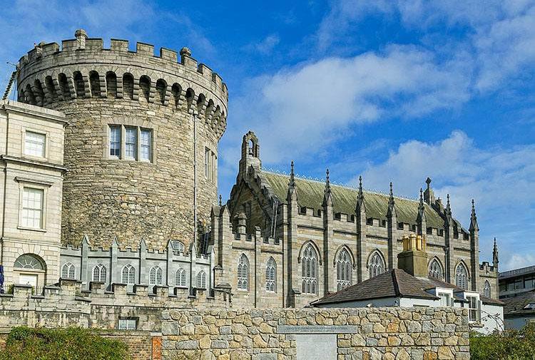 zamek w Dublinie Dublin Irlandia ciekawostki o Irlandii