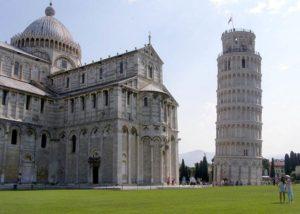 Krzywa Wieża Piza atrakcje ciekawostki zabytki Toskania Włochy