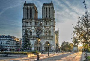 katedra Notre Dame ciekawostki Paryż Francja