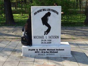 Michael Jackson pomnik Bukareszt Rumunia Park Herastrau
