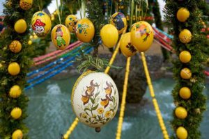 Wielkanoc za granicą wyjazd wielkanocny święta Wielkanocne