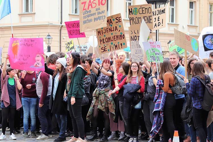 Zagrzeb protest uczniów strajk rodzaje strajków ciekawostki strajki przykłady historia
