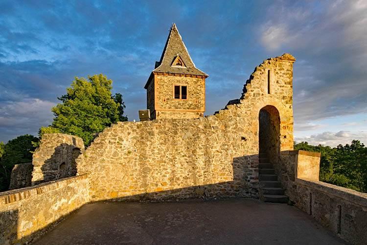 zamek Hesja Darmstadt Niemcy Frankenstein ciekawostki o Frankensteinie Mary Shelley