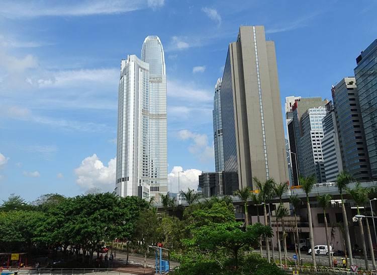 Nina Tower Hong Kong miasto Hongkong wieżowce architektura