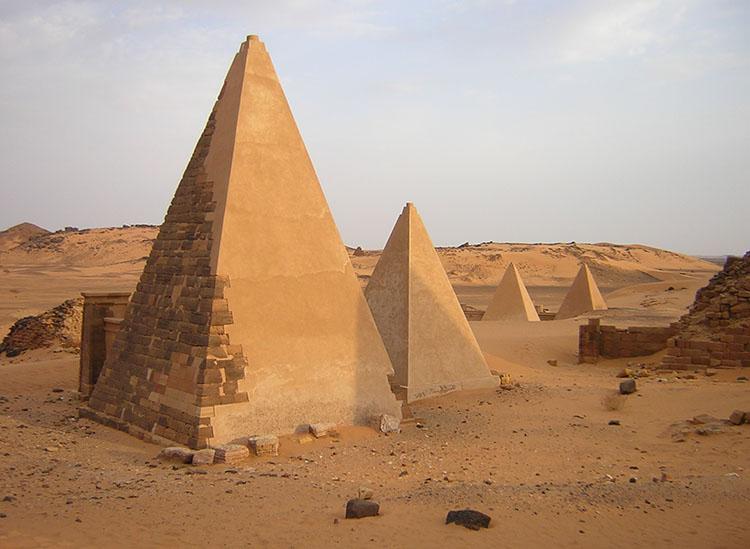 piramidy Maroe Sudan ciekawostki o Sudanie Afryka