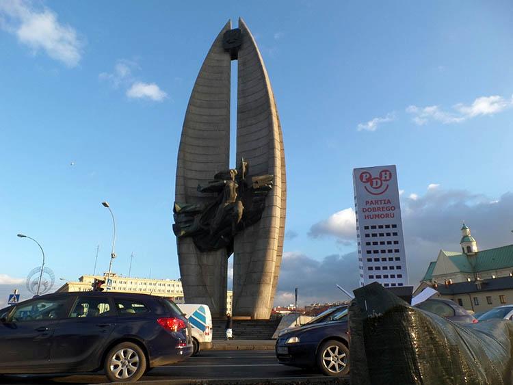 Pomnik Czynu Rewolucyjnego Rzeszów ciekawostki atrakcje