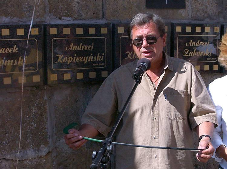 Zaułek filmowy aktor Janusz Gajos Muzeum Kargula i Pawlaka Dom Festiwal Polskich Komedii Lubomierz ciekawostki