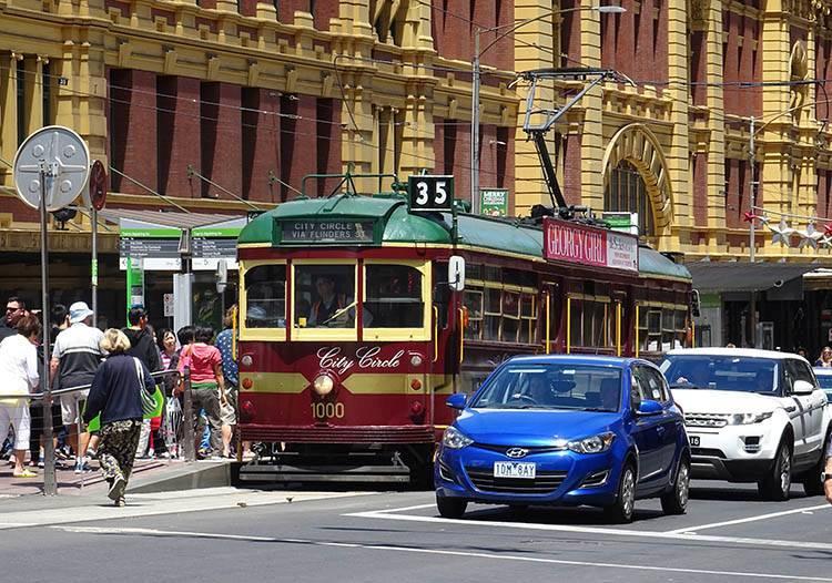 zabytkowy tramwaj 35 Melbourne ciekawostki atrakcje Australia