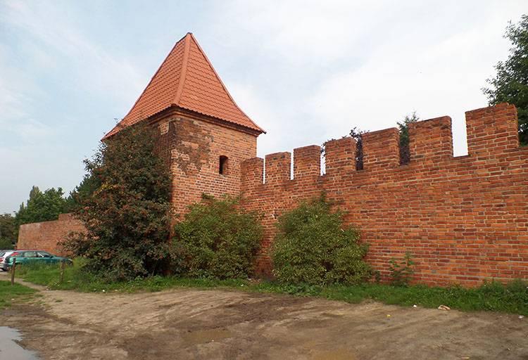 mury miejskie Głogów ciekawostki atrakcje zabytki