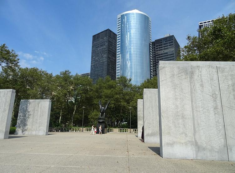 pomnikBattery Park Nowy Jork ciekawostki NYC
