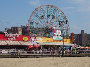 Coney Island Brooklyn Nowy Jork ciekawostki diabelski młyn karuzela wesołe miasteczko