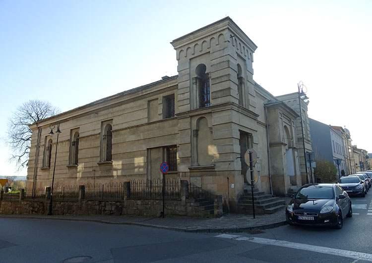 synagoga Nowy Sącz ciekawostki zabytki
