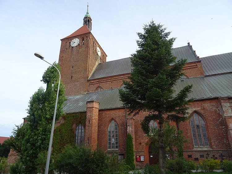 kościół Mariacki Darłowo ciekawostki atrakcje zabytki