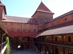 zamek krzyżacki w Nidzicy zabytki atrakcje