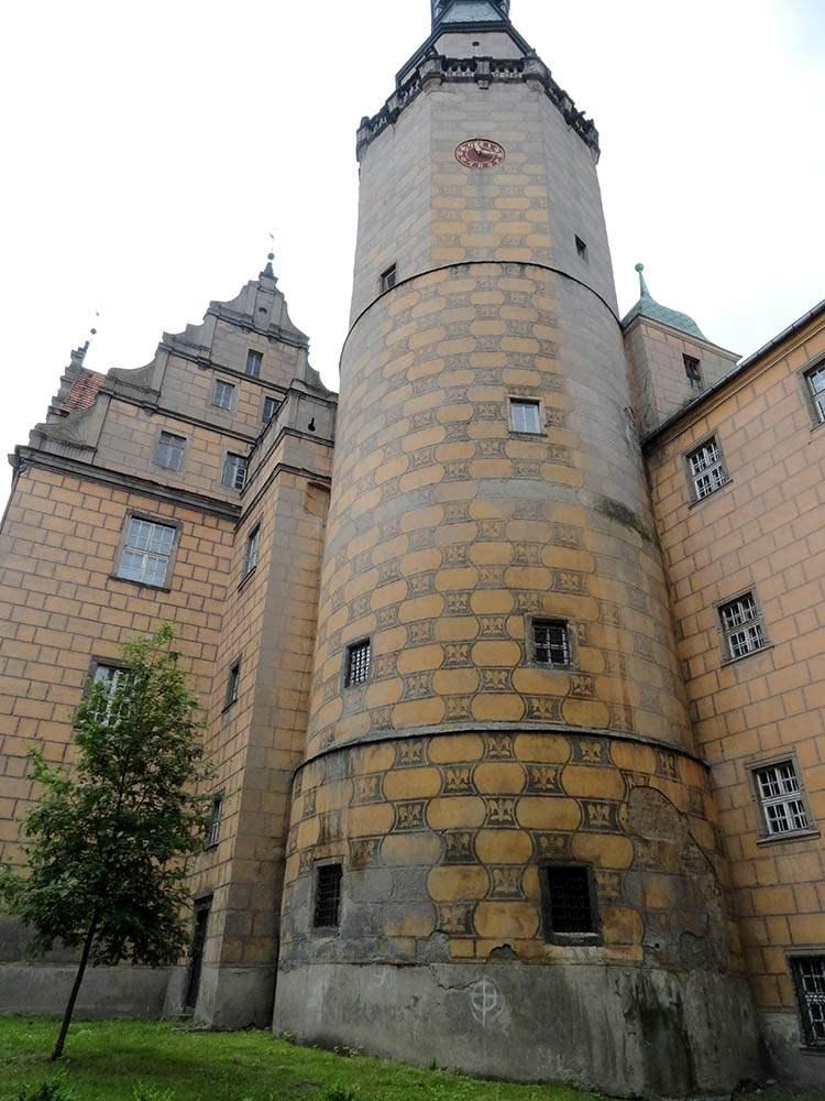 Oleśnica ciekawostki zamek wieża