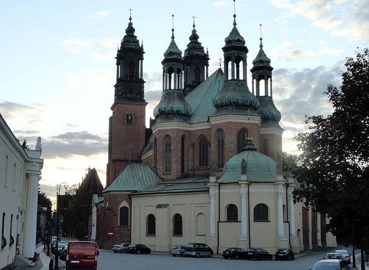 Katedra Ostrów Tumski Poznań ciekawostki