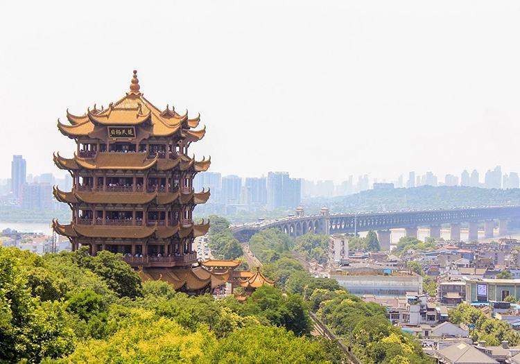 Wieża Żółtego Żurawia miasto Wuhan Chiny ciekawostki koronawirus