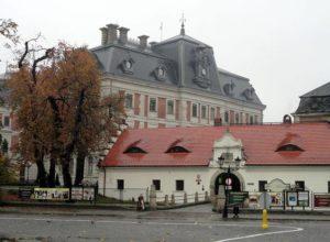 brama zamek pałac Pszczyna ciekawostki atrakcje