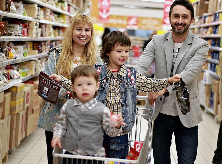 dowcipy Jasio sklep kawały zakupy w sklepie