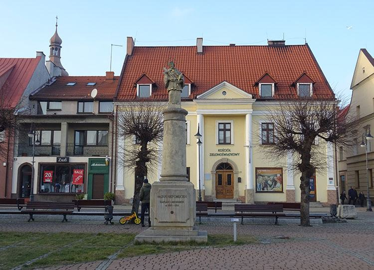 figura św. Nepomucena kościół zielonoświątkowy miasto Żory ciekawostki historia atrakcje