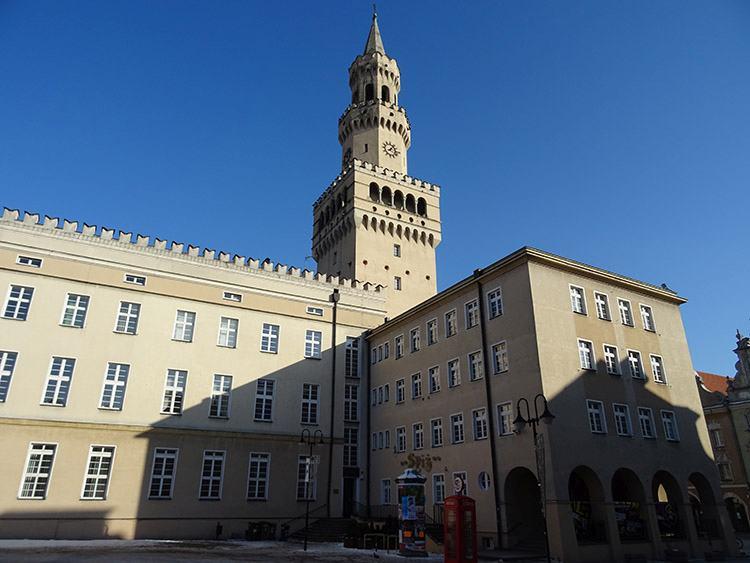 ratusz Opole ciekawostki zabytki atrakcje