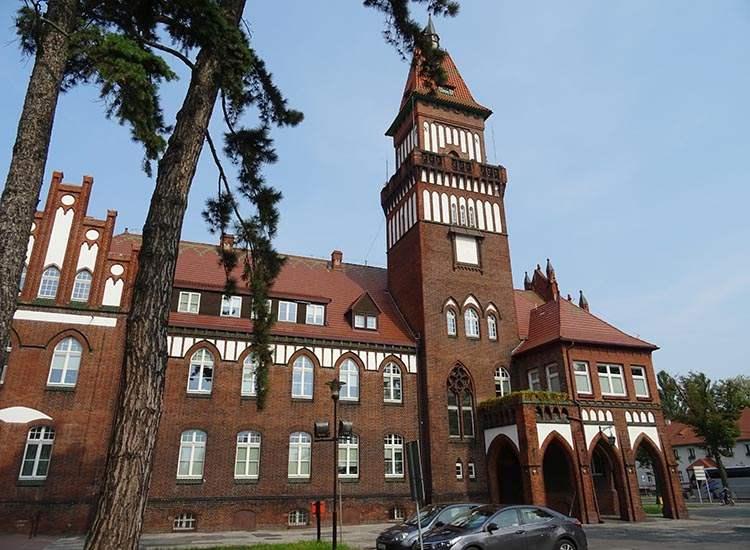 ratusz Inowrocław ciekawostki zabytki