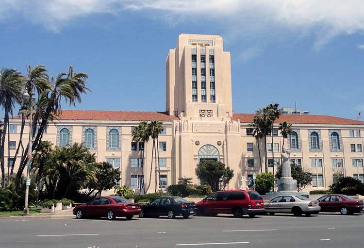 ratusz miasto San Diego ciekawostki atrakcje Kalifornia