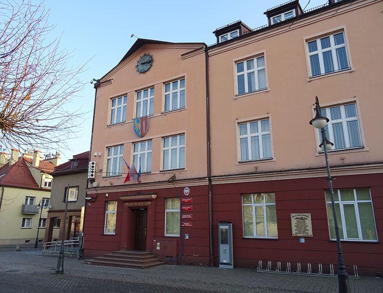 ratusz miasto Żory ciekawostki historia atrakcje